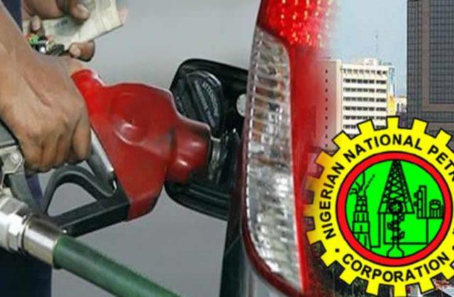 Economic Council Urges Buhari To Remove Petrol Subsidy