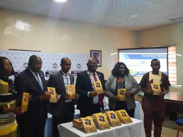 CIIN Donates Over 12,000 Insurance Text Books To Secondary Schools, Colleges