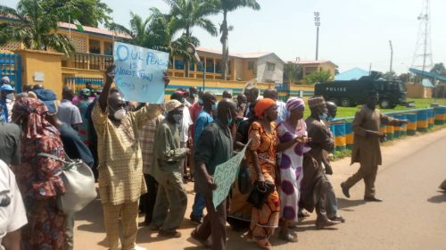 Retired Police Officers Protest Against Contributory Pension