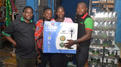Amber rewards Winners In Wholesalers Loyalty Scheme promo